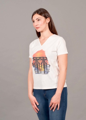 t-shirt a V 5